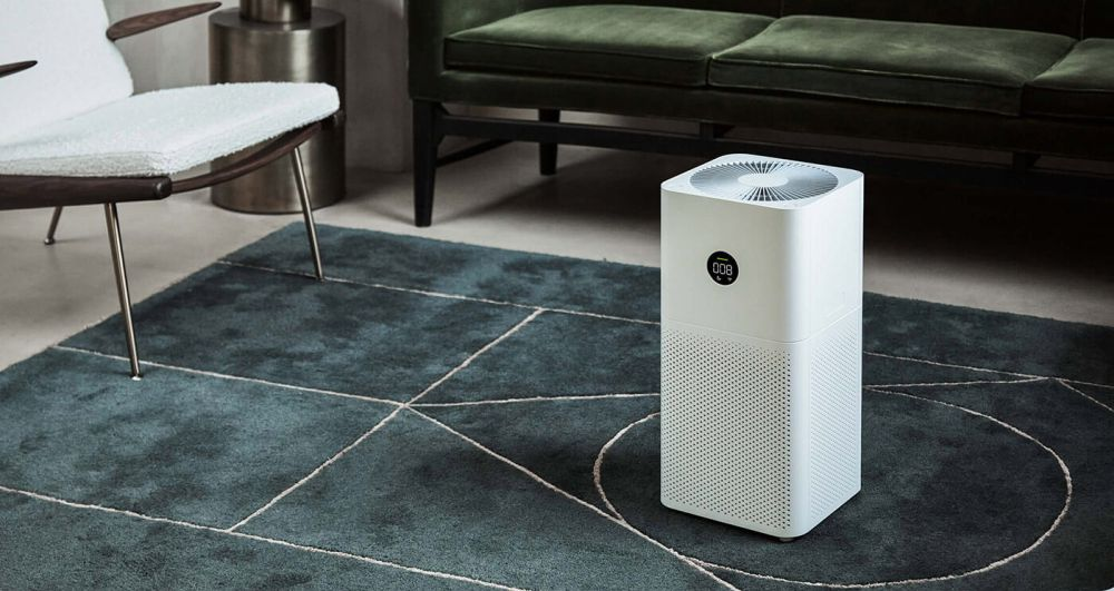 Oczyszczacz powietrza Xiaomi - aranżacja w salonie