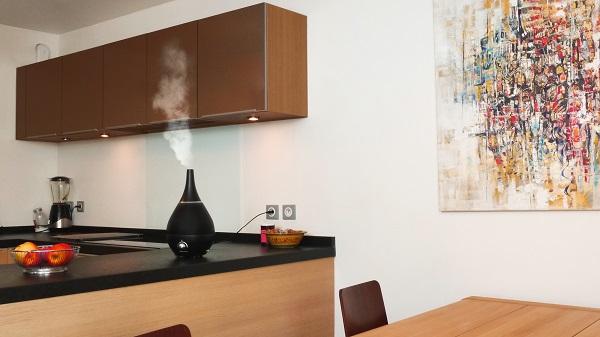 Nawilżacz powietrza Air&me Gota 2 w kuchni