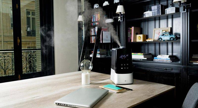 nawilżacz ultradźwiękowy - aranżacja w salonie