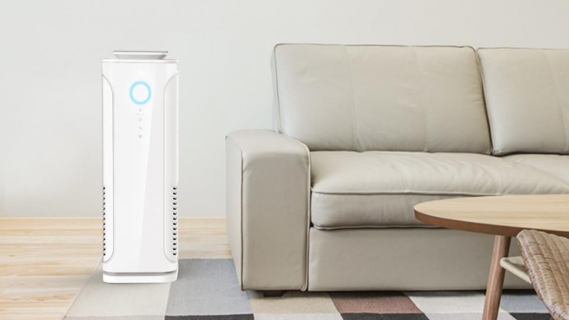 Oczyszczacz powietrza Toshiba - aranżacja w pokoju dziennym
